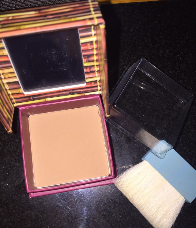 Benefit Hoola : With Flash