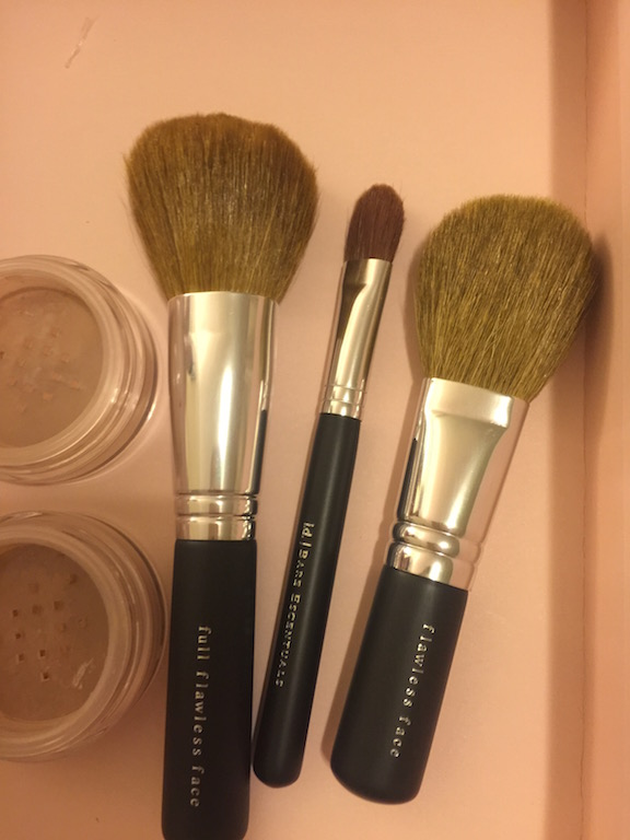bare minerals get started complexion set review brush