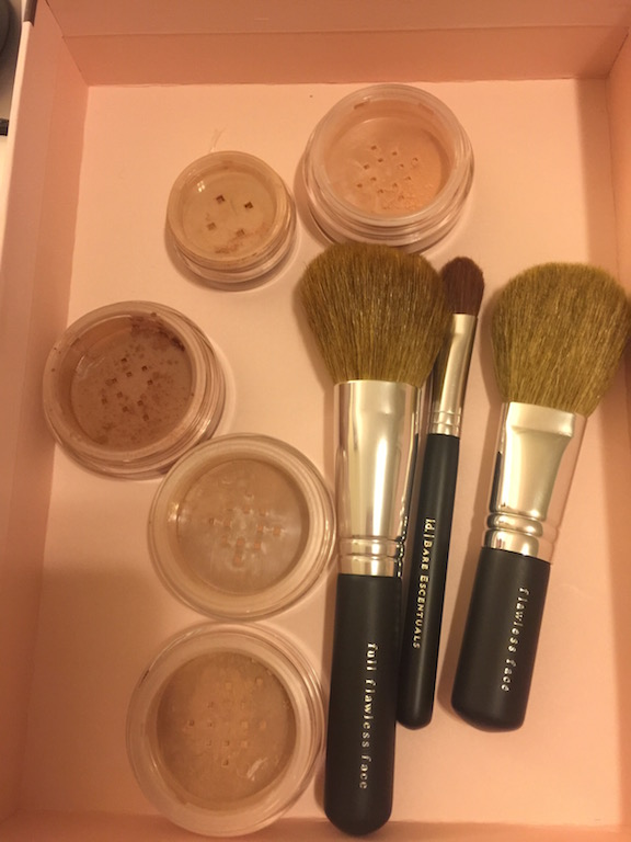 bare mineral get started complexion set whats in the box