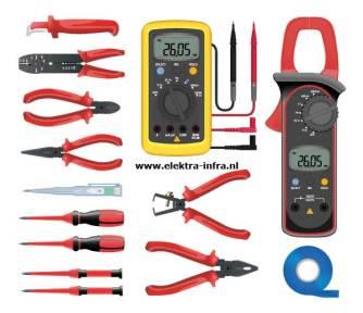 elektra, klus; Elektra gereedschap; gereedschap; aanbrengen elektra; aannemer elektra; afmonteren elektra; bouw elektra; bouwbesluit elektra; elecktrastoring; electra; aansluiten elektra; gereedschap elektra;