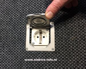 Vloerstopcontacten of vloerdoos aanbrengen elektra info