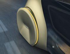 SEDRIC ? Die abgedeckten Räder dienen der Sicherheit und unterstreichen die futuristische Erscheinung des Konzeptfahrzeugs.