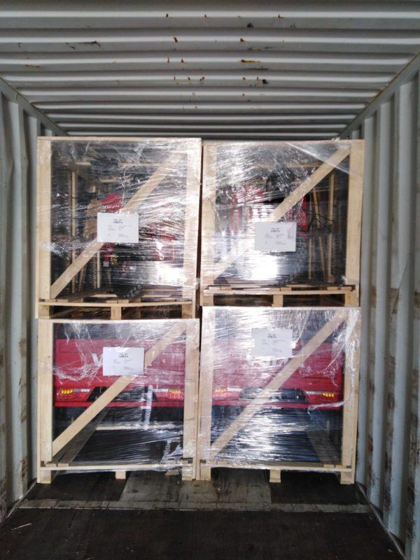 Elektrofrosch Transporter im Container