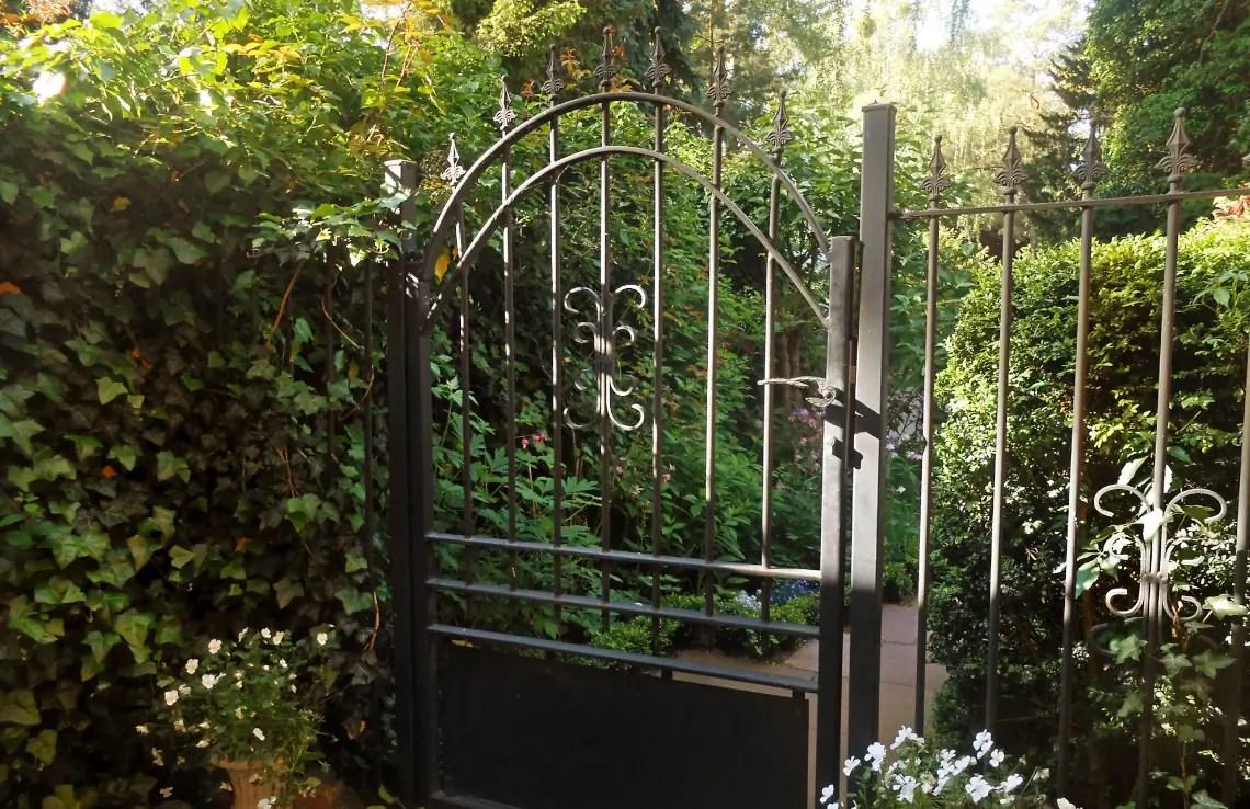 Gartentür Avelino - feuerverzinkt - Kugellilie
