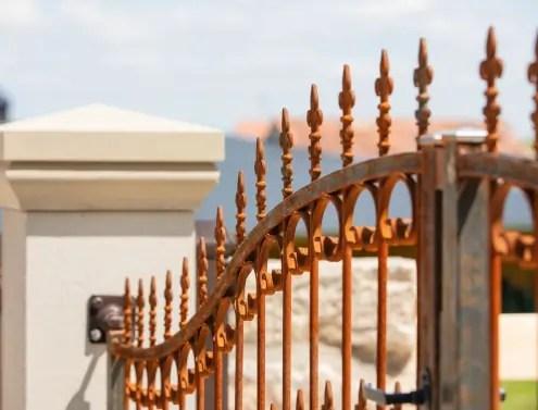 Klassisches Doppelflügeltor Lugano in Edelrost