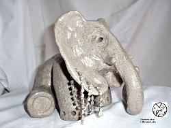 """ éléphant assis "" - © 2009 - Michèle Ruffin"
