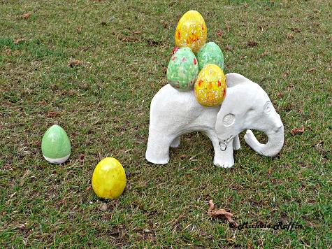 Oscar - éléphant de Pâques © Michèle Ruffin