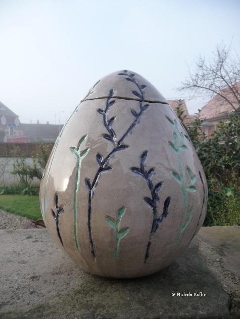 Oeuf de Pâques - céramique © Michèle Ruffin