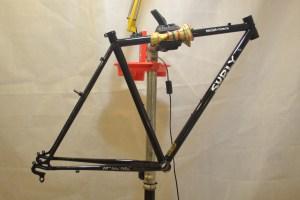 5405 Montiamo la bici telaio Surly Cross Check 01