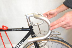 5536 Montiamo la bici serie sterzo trittico leve Surly Cross Check 75