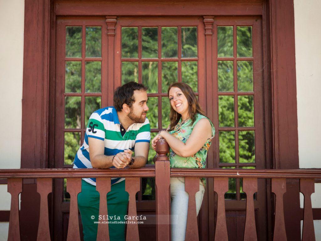 _mg_9990, preboda en Madrid, preboda en el Campo del Moro, fotos de pareja naturales, fotografia de boda Madrid