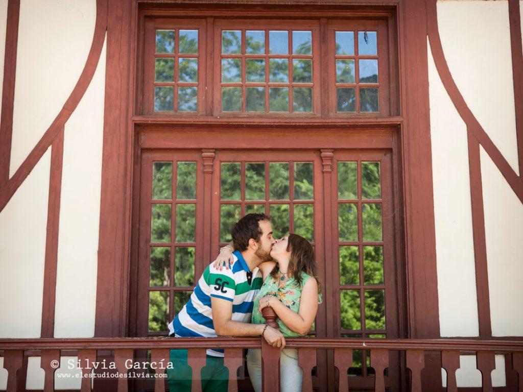 _mg_9993, preboda en Madrid, preboda en el Campo del Moro, fotos de pareja naturales, fotografia de boda Madrid