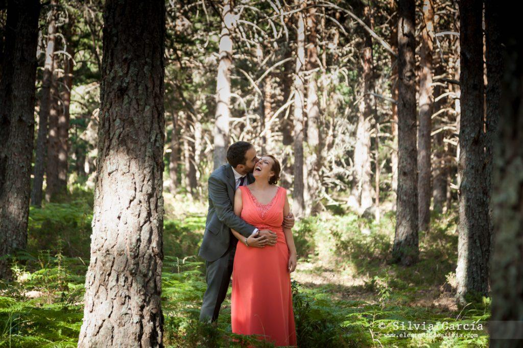 fotografo bodas Moralzarzal, fotografia de bodas Moralzarzal, fotos de pareja, fotografia de pareja, fotos de pareja naturales, Sierra de Guadarrama, fotos de boda Sierra de Guadarrama