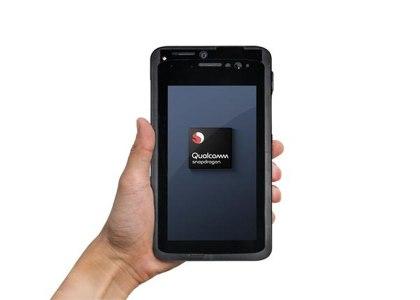 Qualcomm_Ericsson_5G-420x300 Qualcomm ed Ericsson realizzano la prima chiamata 5G con un dispositivo grande come uno smartphone