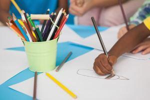 Actividad niños creativa para expresión arteterapia Elevart