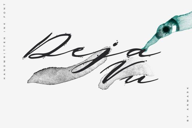Deja Vu Handwritten Font
