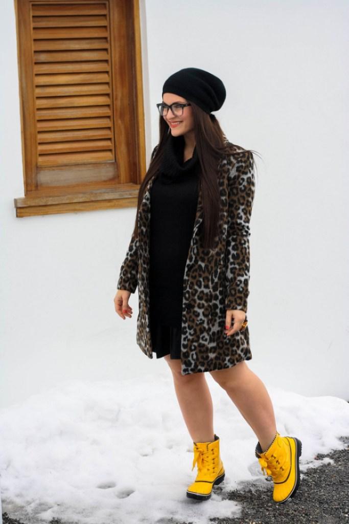 BB Dakota Leopard Coat