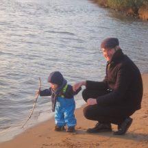 Baby an der Elbe
