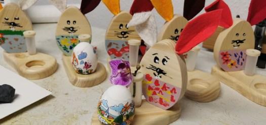 Ostern 2021 Osterhasen - Eierbecher