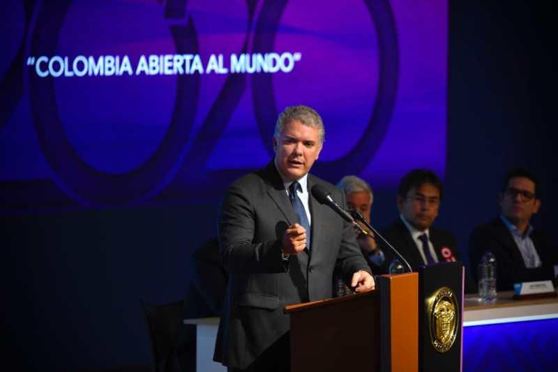 """Colombia aspira a recibir seis millones de turistas. """"El turismo debe contribuir a generar empleo""""   EL FRENTE"""