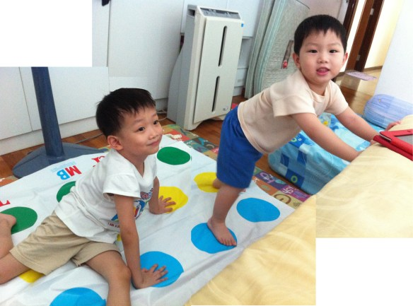 playing twister1