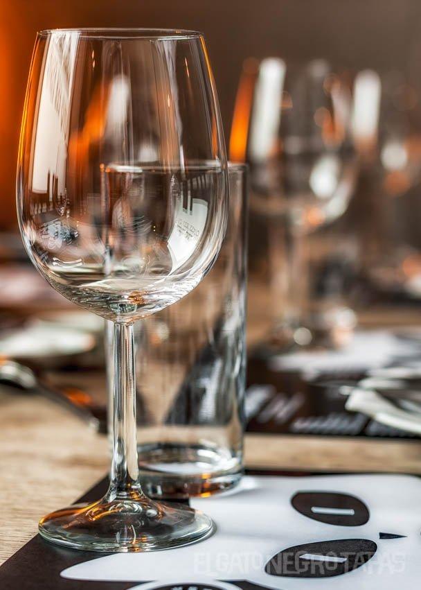 Wineglass at El Gato Negro Tapas