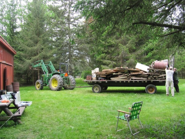 Farm wagon all loaded. --- photo by Cathy Johnston