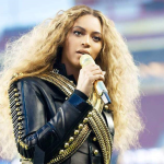 Beyoncé lanzó su disco y documental en Netflix