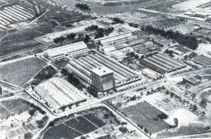 La constructora. Fábrica Nacional San Carlos 1966 - Contructora