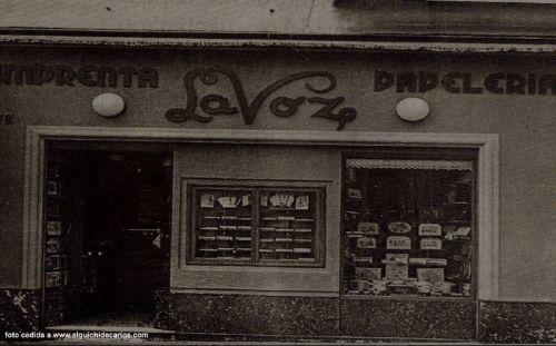 La fachada de La Voz en los años cincuenta