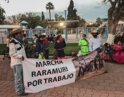 Pernoctaron indígenas en la ciudad de Chihuahua en su lucha por apoyos - El  Sol De Parral