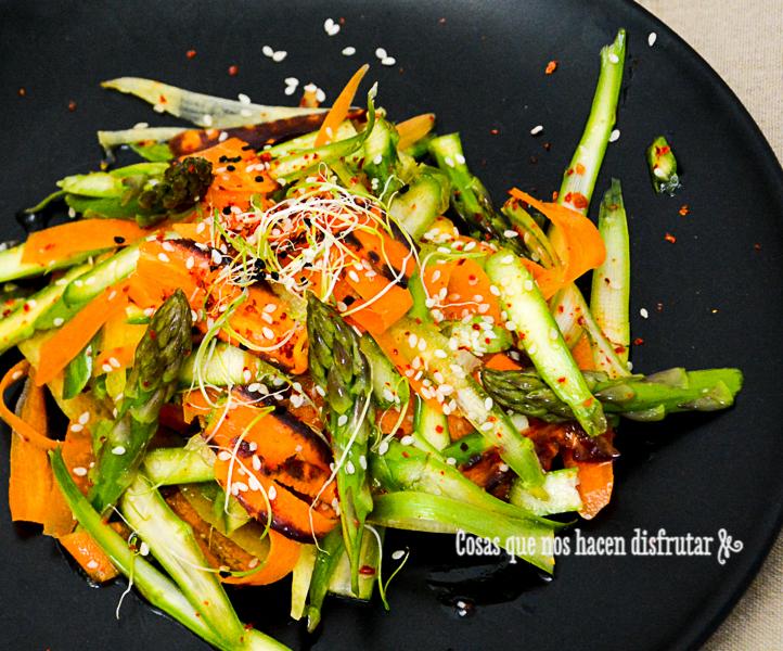 Ensalada cruda de espárragos trigueros y zanahorias | El