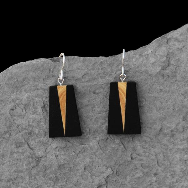 Boucles d'oreille Pyramide Ébène