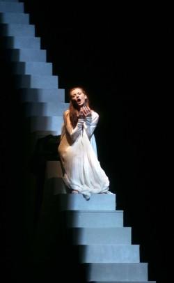 Escena de la ópera de Verdi, Rigoletto, en el Teatro Real (Foto: Javier del Real)