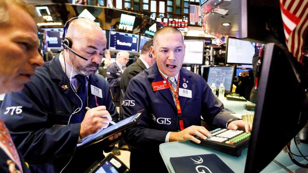Las alarmas de recesión golpean al mercado: el Ibex sufre su mayor caída del año.