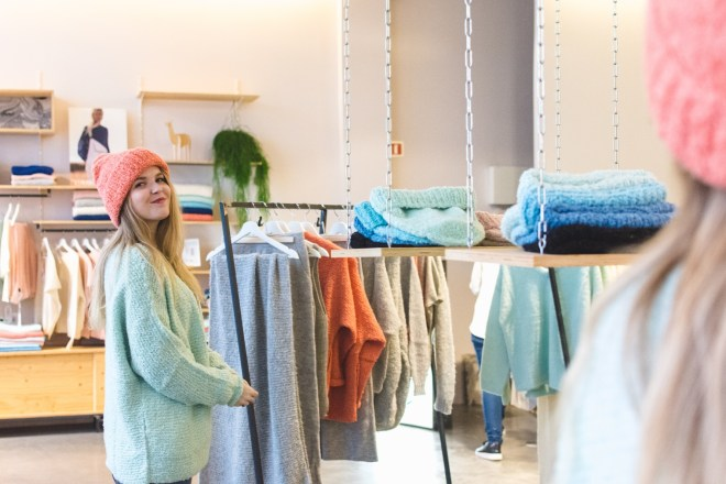 LN Knits introduceert nieuwe zomercollectie - flagship store