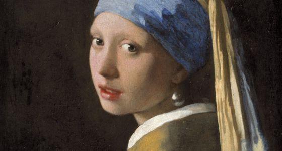 'La joven de la perla' lleva en realidad un pendiente de plata