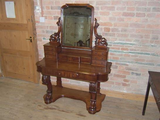 19th Century Victorian Mahogany Duchess Dressing Table