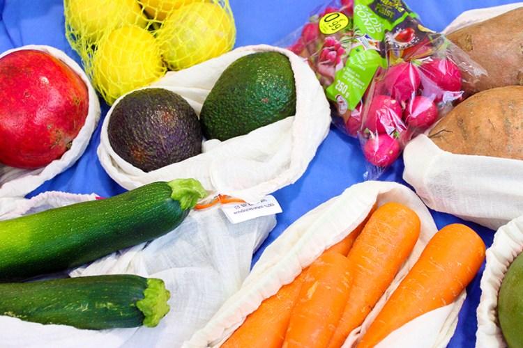 alimentation saine - dans mon panier de courses veggie et bio fruits et légumes - eliseandco