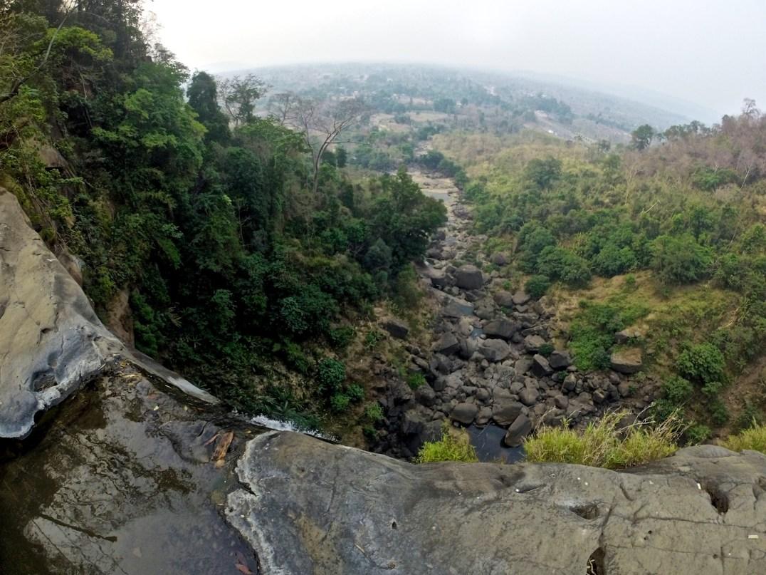 Cascade Tad Suang, peu d'eau, mais une belle vue