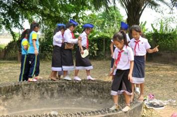 Écolières à Buddha Park