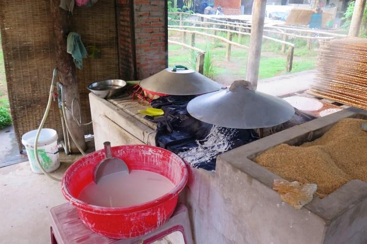 Fabrique nouilles Can Tho Delta Mekong Vietnam blog voyage 2016 10