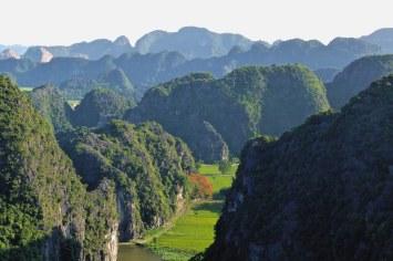 Vue Vallée sommet Dragon Tam Coc Baie Halong terrestre Vietnam blog voyage 2016 20