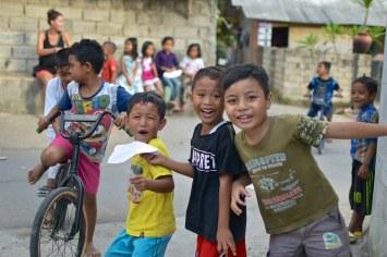 Enfants senggigi-lombok-indonesie-blog-voyage-2016-11
