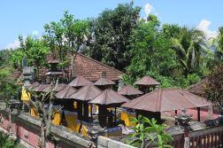 Chaque maison à son (ou ses) propre(s) temple(s)