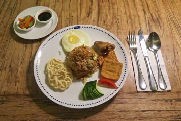 Nasi goreng tanahlot-kuta-bali-indonesie-blog-voyage-2016-23