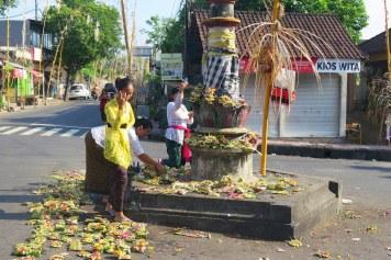 Offrandes pour Kuningan