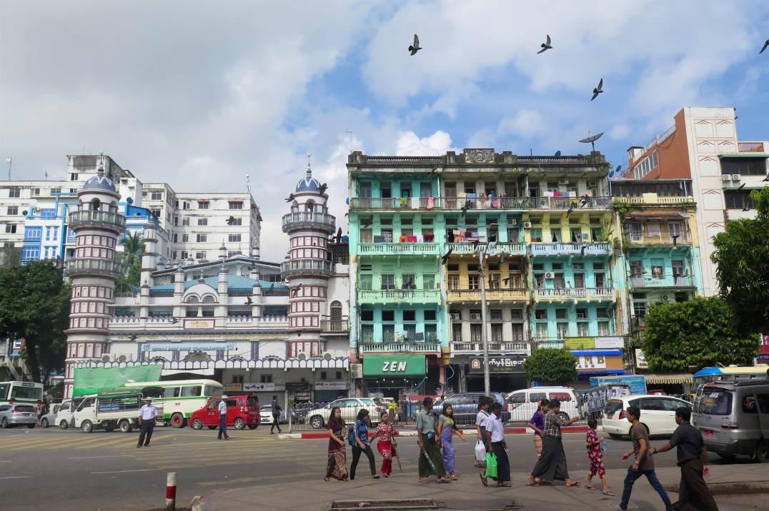 Facade Yangon-Myanmar-Birmanie-blog-voyage-2016 17