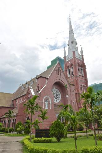 Church of the Holy Trinity Yangon-Myanmar-Birmanie-blog-voyage-2016 63