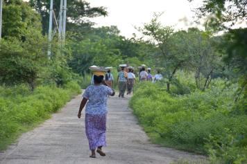 Femmes Decouverte-Bagan-Myanmar-Birmanie-blog-voyage-2016 64